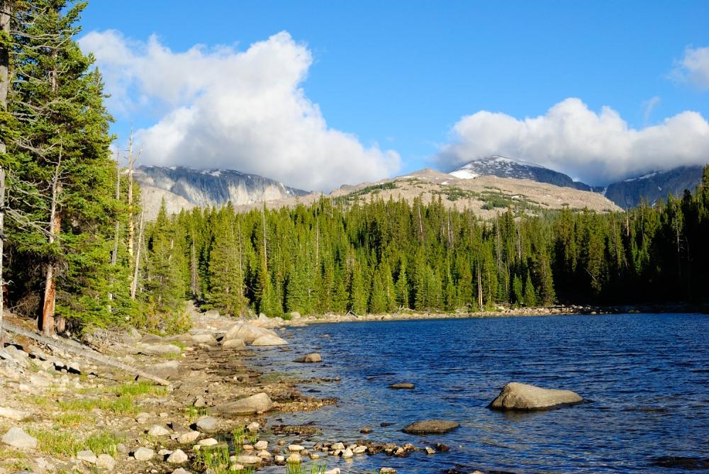 mountain_lake_
